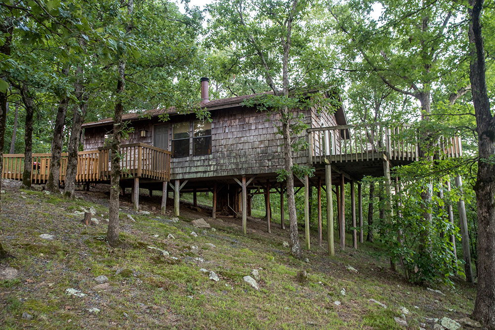 The Sunset Cabin Rental at Peckerwood Knob Cabins in Oklahoma